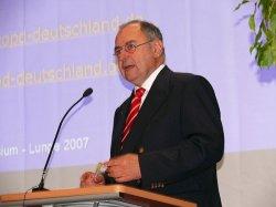Symposium_Lunge_2007_61