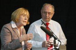 Symposium_Lunge_2011_70